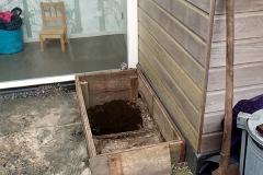 Vullen met mix van compost, tuinaarde en zand
